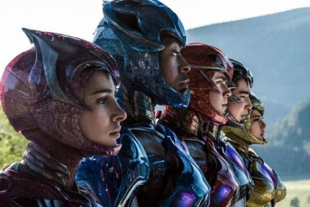 power-rangers-suit-close-up-5aeb64a3c1d1f6db00d69acc4b1b4e71